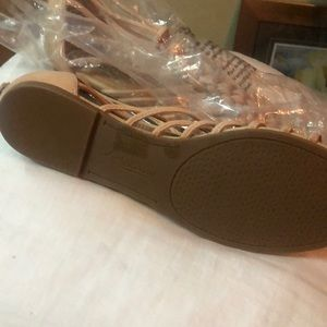 Lucky Brand Shoes - Lucky Brand size 9 Sanford
